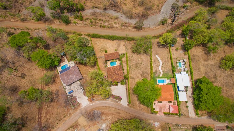 Gated community home (16)