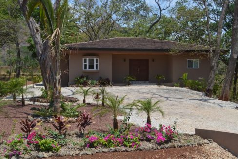 Gated community home (24)