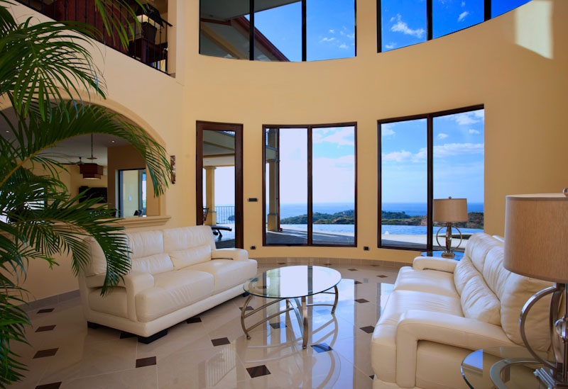 Luxurious 5Bed Ocean View Home $1.695,000