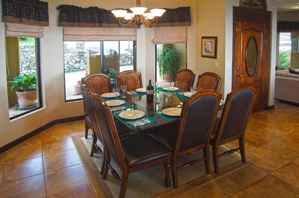 26W-Master-Dining-Table