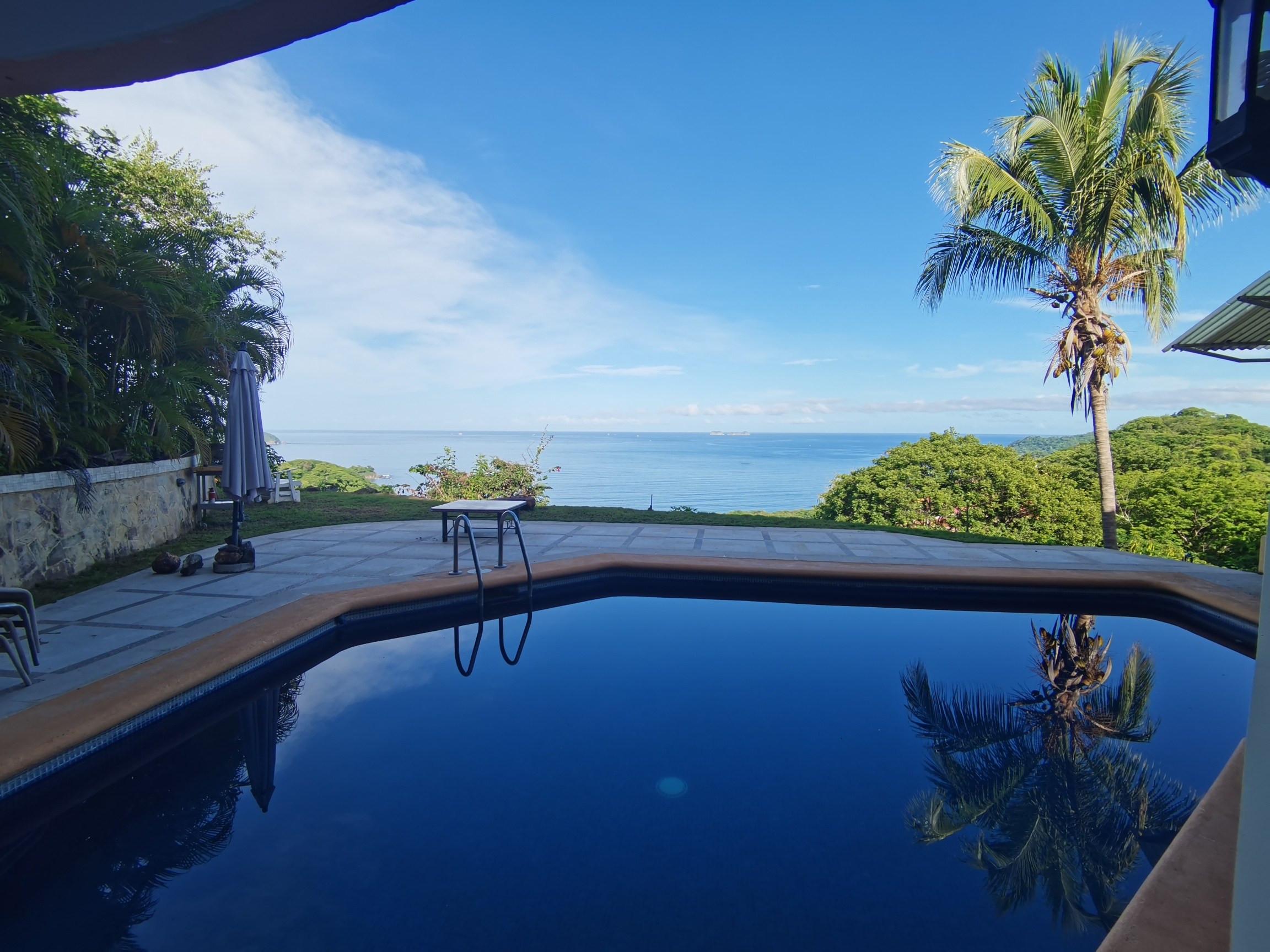 OCEAN VIEW STATE $1.1M *3BED HOME*