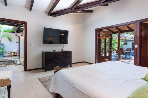 Colonial Home For sale costa Rica (15)
